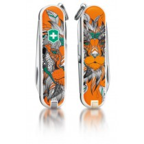 """Victorinox Classic Limited Edition """"Lion King"""""""