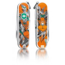 "Victorinox Classic Limited Edition ""Lion King"""
