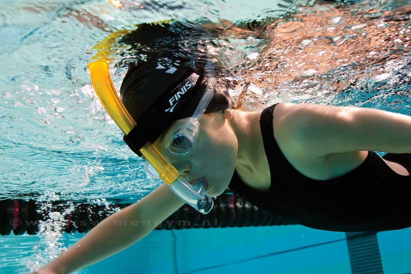 найти картинки с плавания в ластах любимыми, счастливыми
